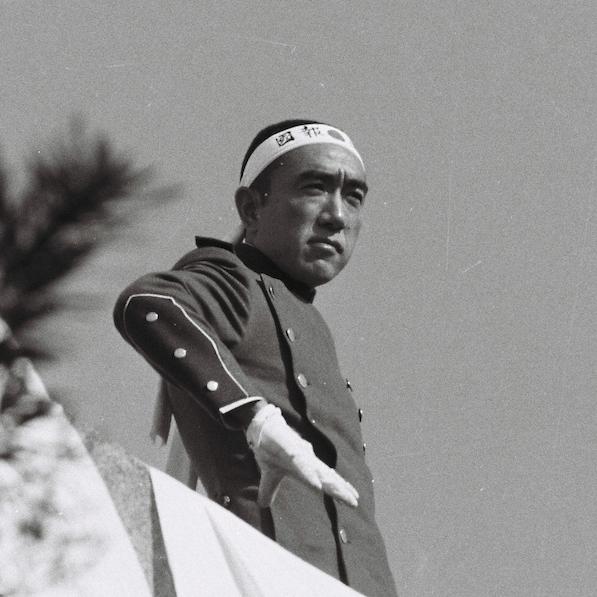 11月25日、三島由紀夫が割腹自殺する前に発した予言