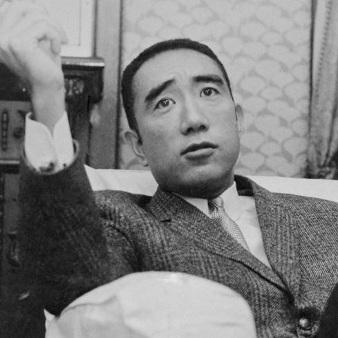 日本は大人のバランスを持った国ではない〜三島由紀夫が叱った現代日本①