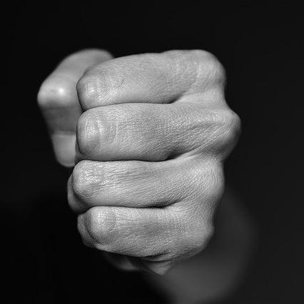 【帯広刑務所編】道産子兄ィの右ストレートが決まった! 懲罰覚悟で男の意気地!! …