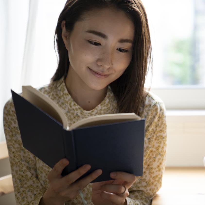 不穏な時代の「読書」こそ人間を精神から鍛えなおしてくれる。【福田和也の読書論】
