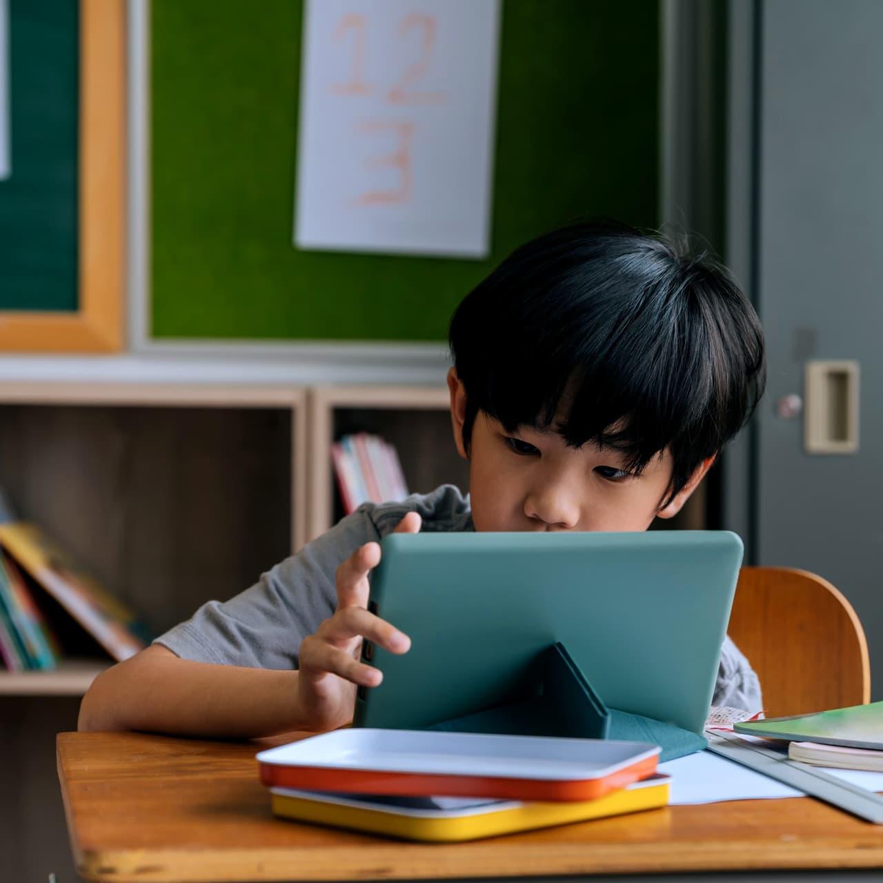 オンライン授業がもたらす「学びの保障」と、腰の定まらぬ文科相