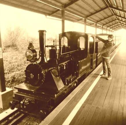 《ネオパークオキナワのトロッコ列車》幻の沖縄県営鉄道『ケーピン』の面影を求めて、なんくるないさぁ気楽旅【女子鉄ひとりたび】30番線