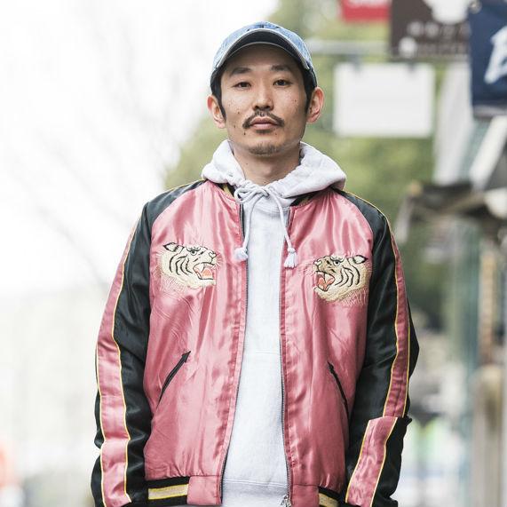 【SNAP JACK】 今っぽいスカジャンをピンクで自分っぽく!! 田村哲也さん・ジャーナル スタンダード 渋谷店 ファッション アドバイザー<br />