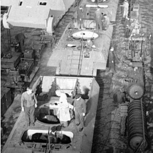 2社で競合したドイツのパンター戦車開発、選考ポイントは砲塔リングの径