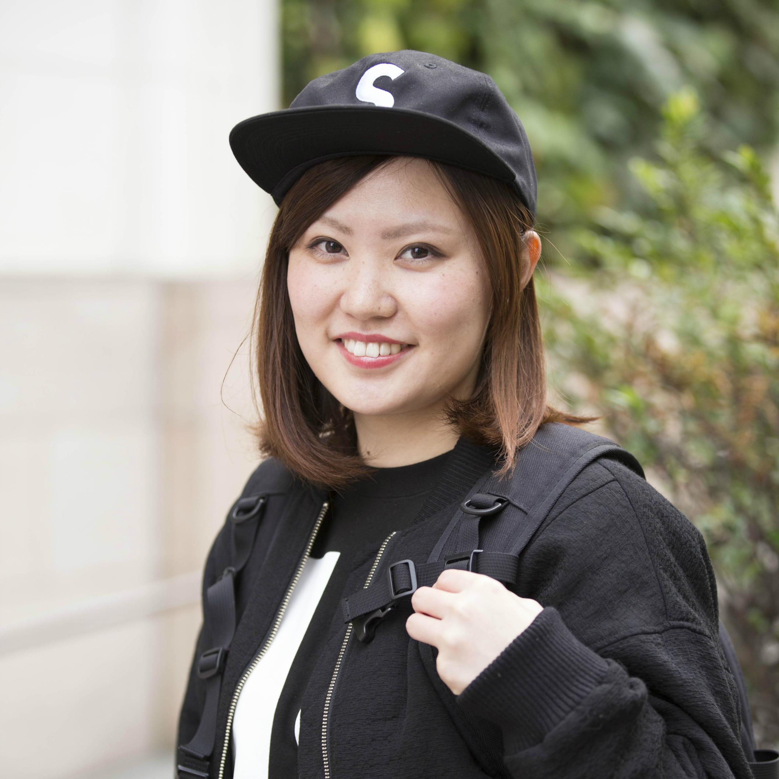 【女子SNAP】SJ美女図鑑<br />ボーイッシュなコーデが親しみやすい<br />梅津香苗さん・看護士