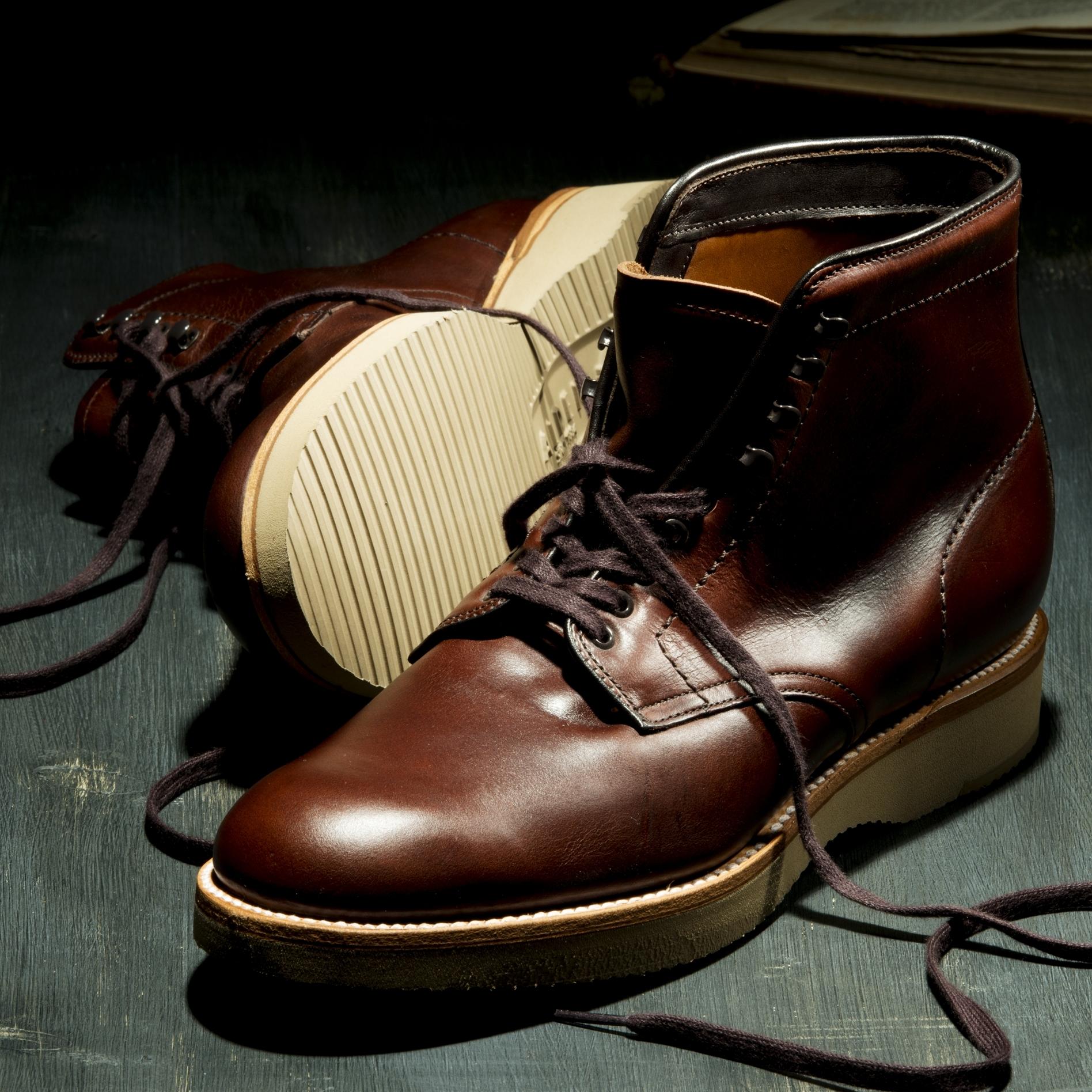 男なら誰もが憧れを抱くアメリカ製革靴の最高峰といえば…