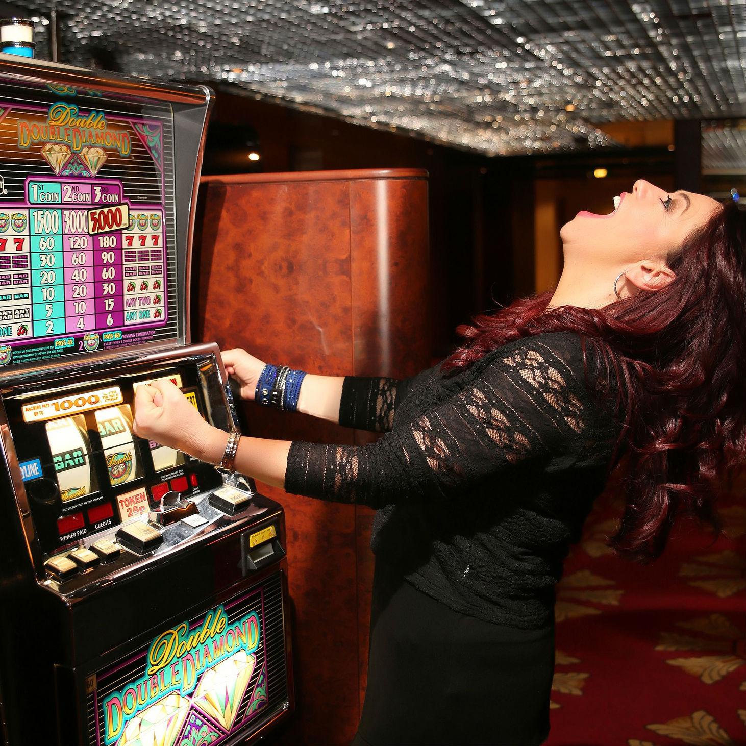 カジノ法案成立……でいいのか? 「完全に治ることはあり得ない」ギャンブル依存症に潜む本当の恐怖