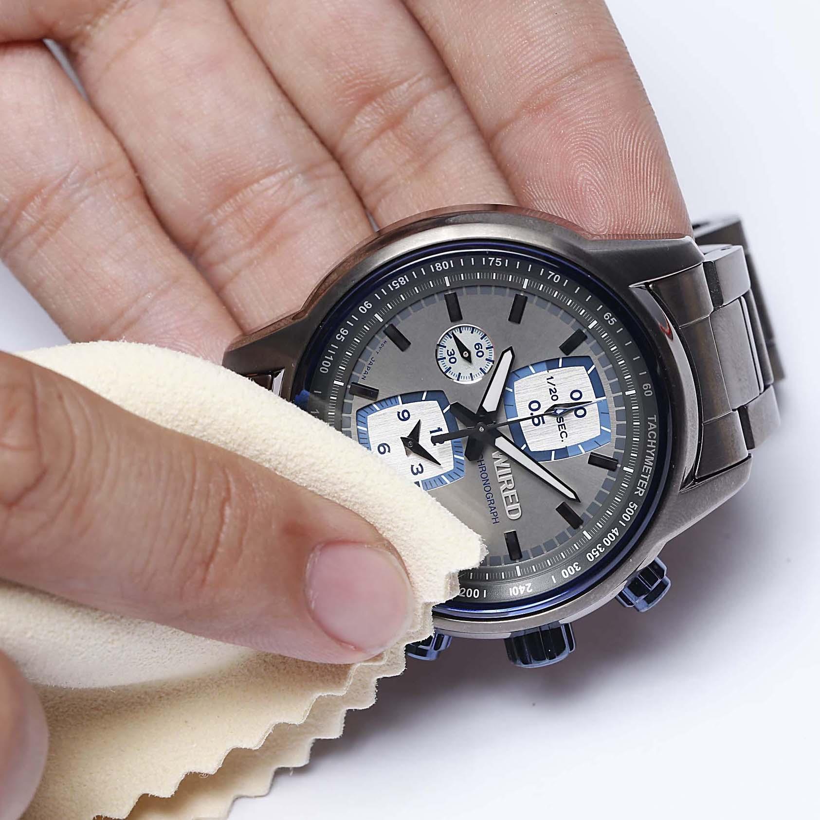 お気に入りの時計を長持ちさせるために毎日できること4選