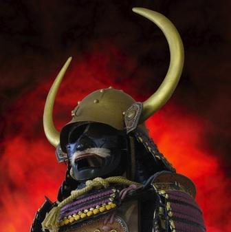 黄金の鎧! 秀吉に仕えた若武者が着用か