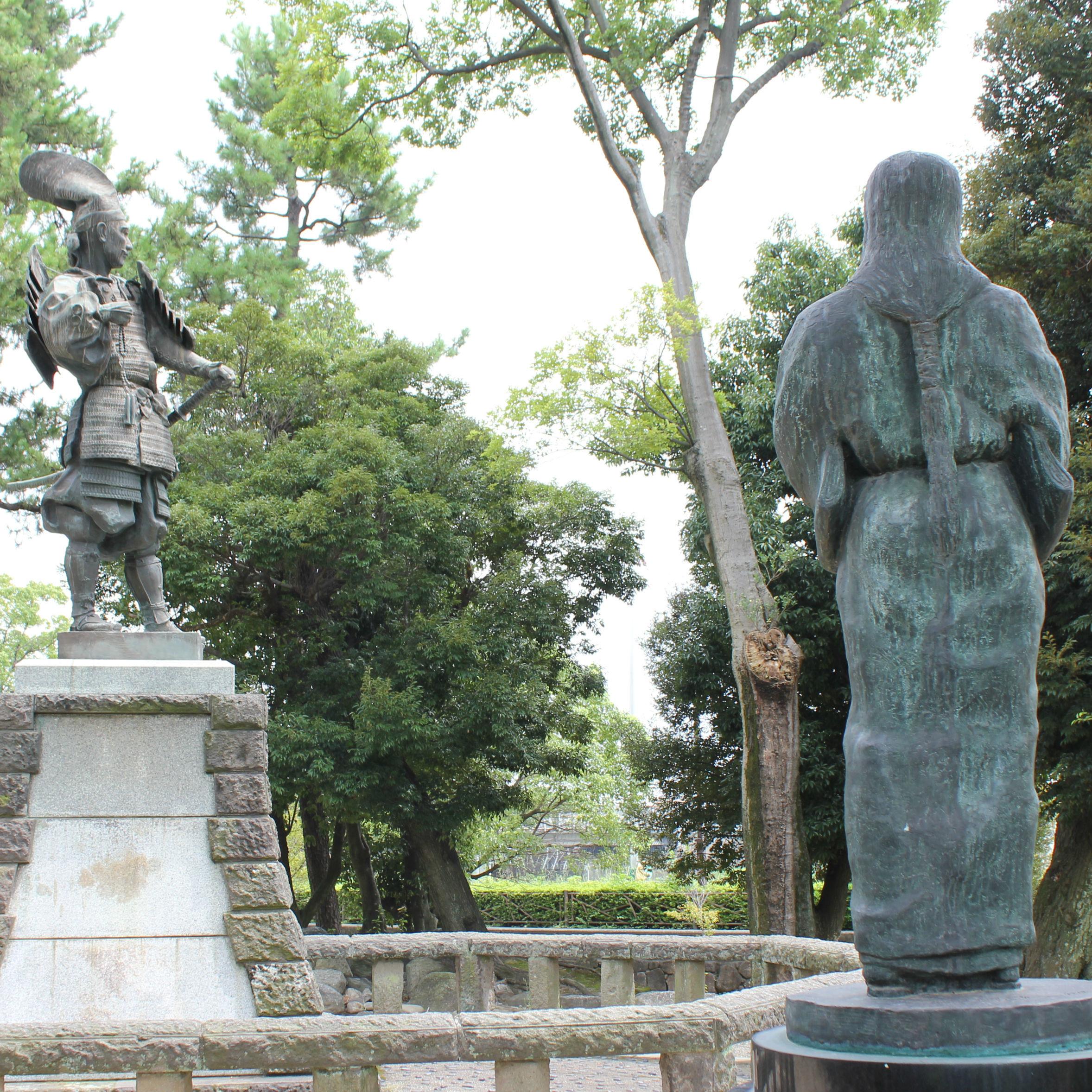 清州公園の織田信長と濃姫