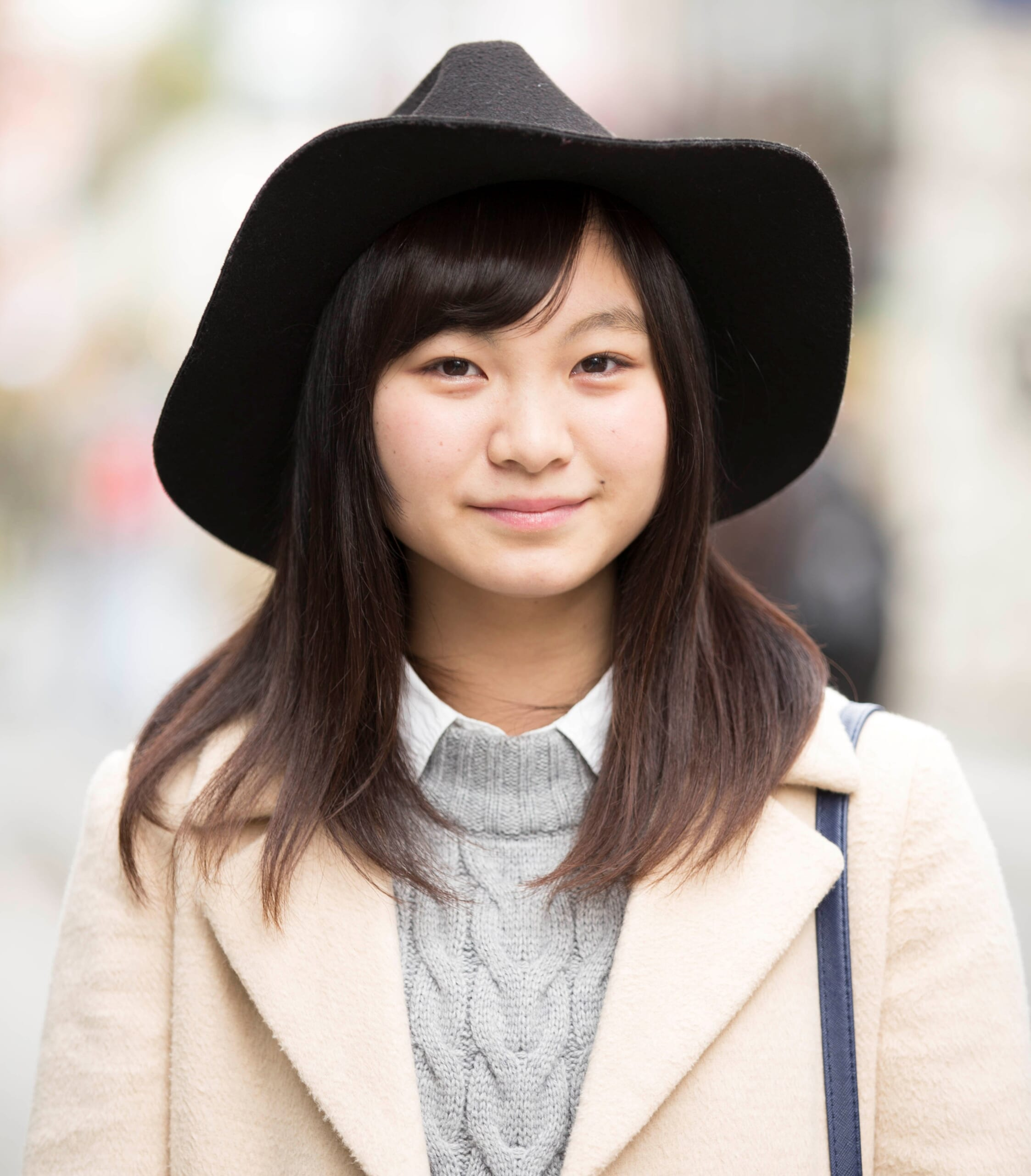 【女子SNAP】SJ美女図鑑<br />モードな雰囲気 プラス ロリ顔にドッキリ♡<br />田中穂南さん