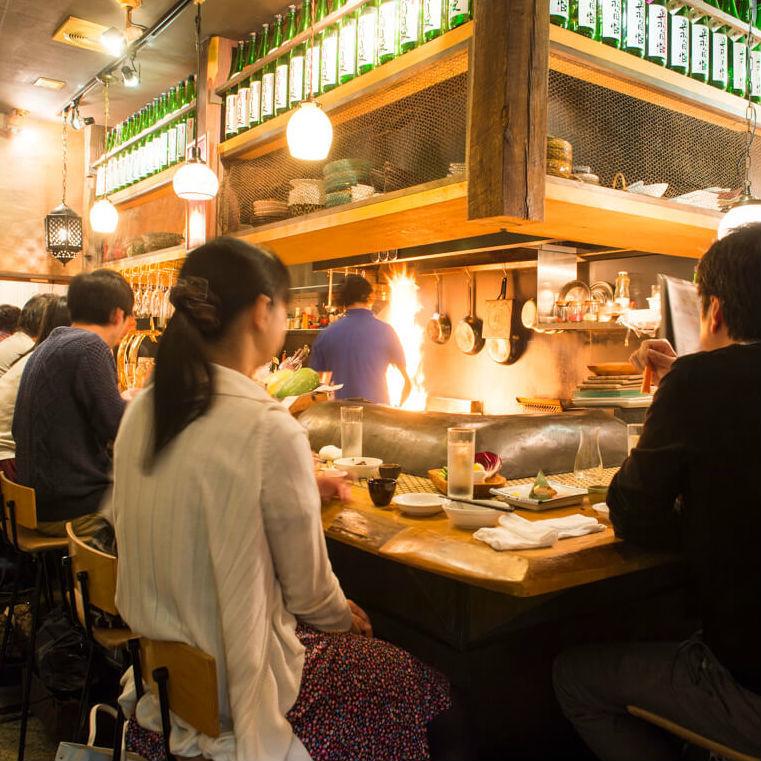 美味しい日本酒がある! ネオ酒場