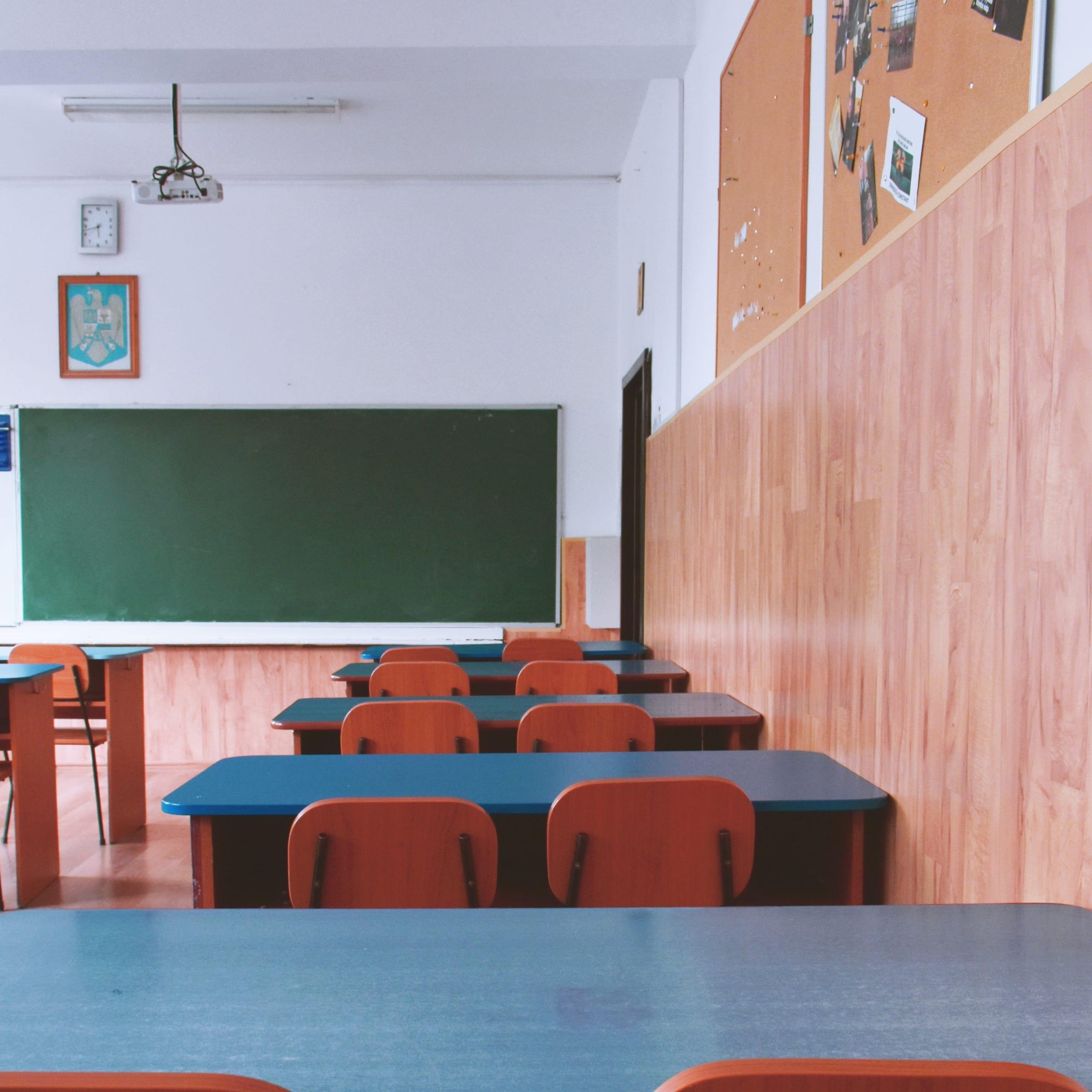 「超過勤務の解消」が教員の負担を増長するという矛盾