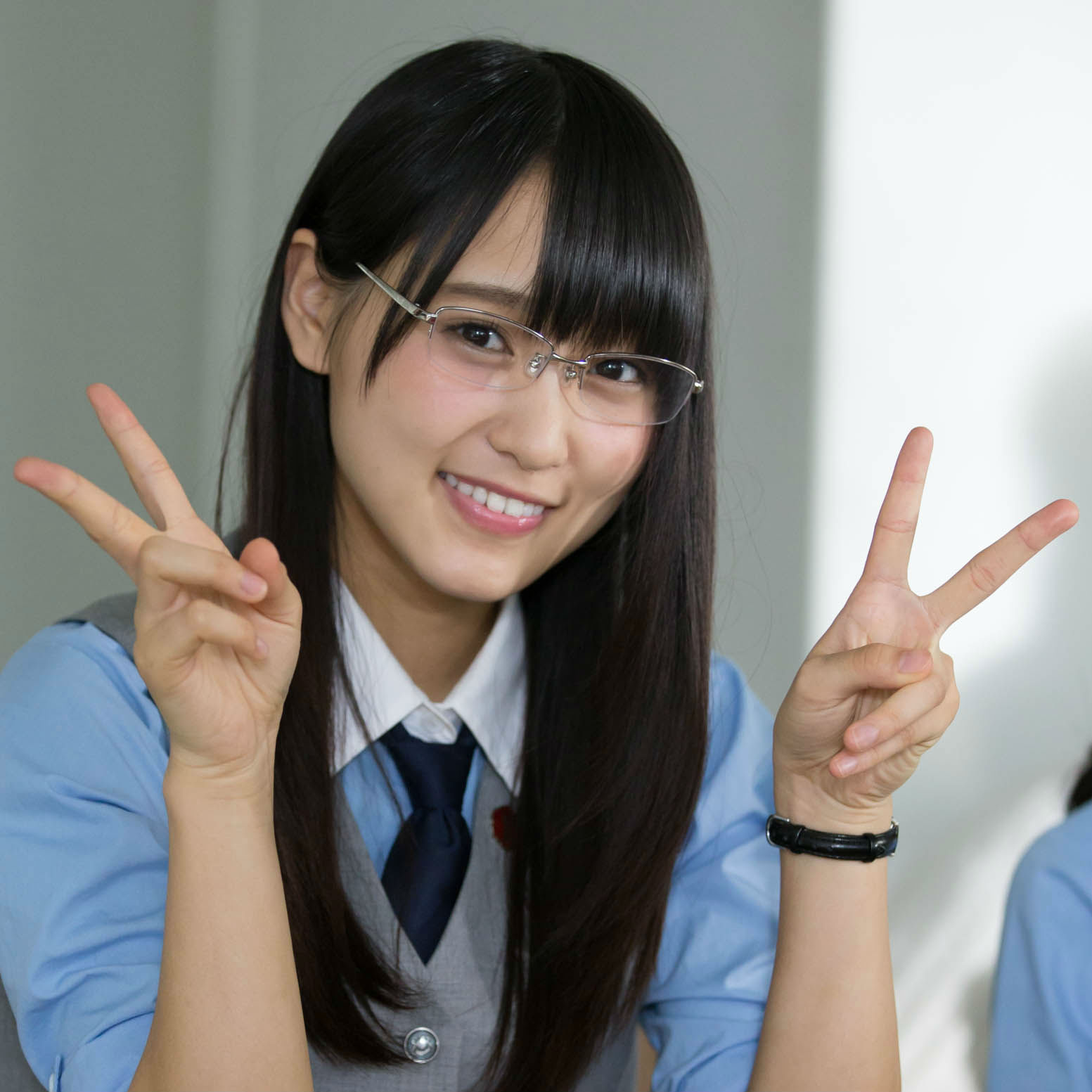 欅坂46・菅井友香さん<br />「『起立、礼、着席!』…緊張しました(笑)」
