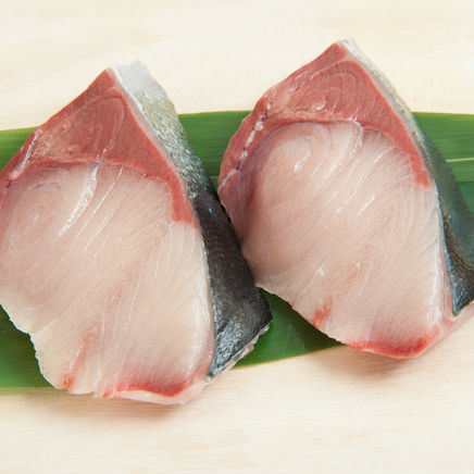 スーパーに大量に並ぶブリの切身にも実は良し悪しが……魚のプロが教えるおいしい切身魚の選び方