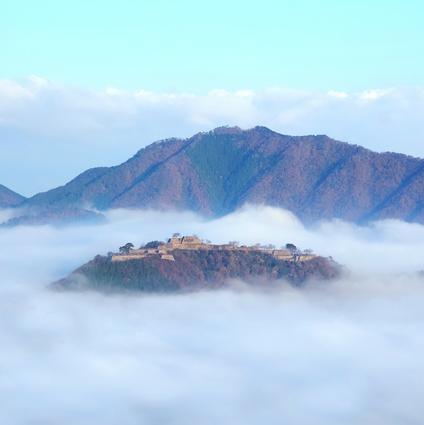 安土城はなぜ、日本の城郭に革命的変化をもたらしたのか?