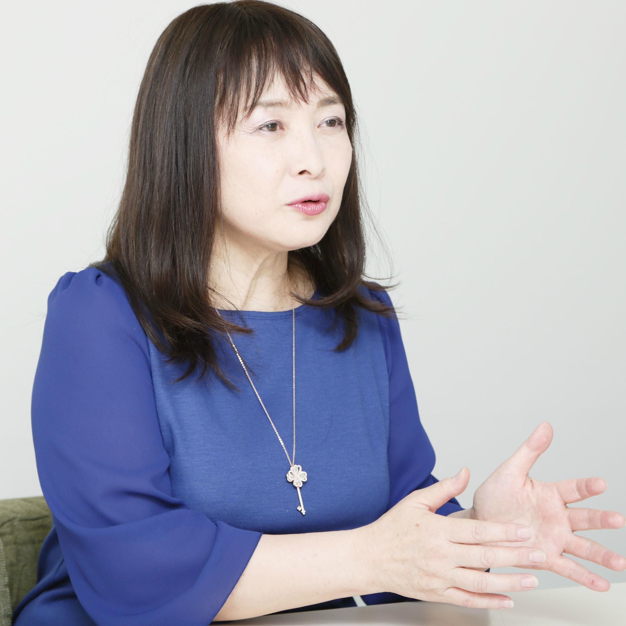 佐藤ママの流儀「3歳までに童謡を1万曲、絵本を1万冊」。きれいな日本語を耳から与えた<br />