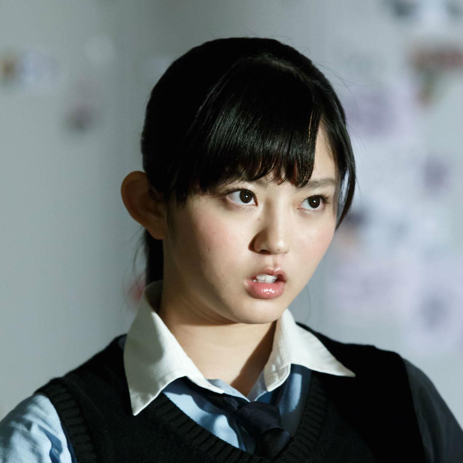 欅坂46・鈴本美愉さん<br />「昔の自分を思い出しながら演じています」<br />