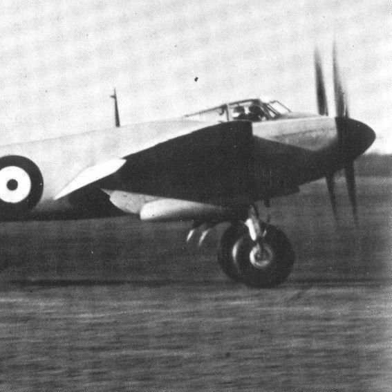 第2次大戦期に活躍したイギリスの「木製」航空機