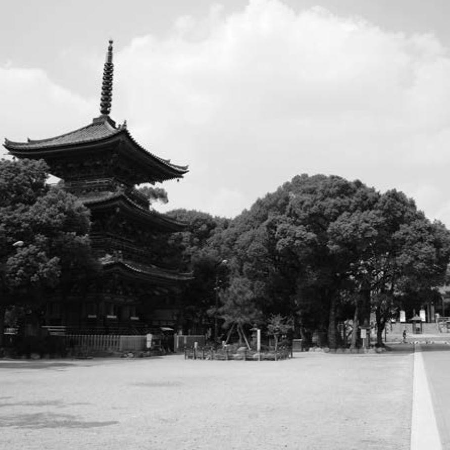 徳川家康が定めた古刹。甚目寺観音は名古屋城を護る鬼門に置かれた。