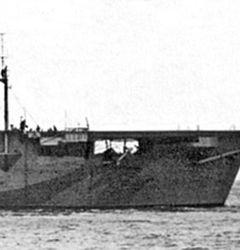 鹵獲商船を改造して誕生した護衛空母第1号