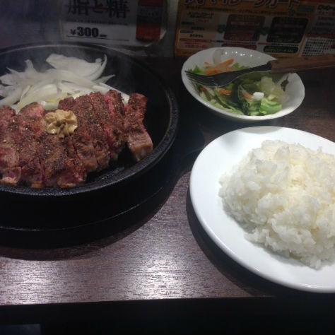 """メタボ編集部員は""""グルテンフリー""""で変われるのか? DAY3「●きなりステーキ」"""