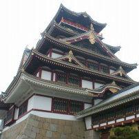 実は新幹線から見える! 伏見城と岐阜城