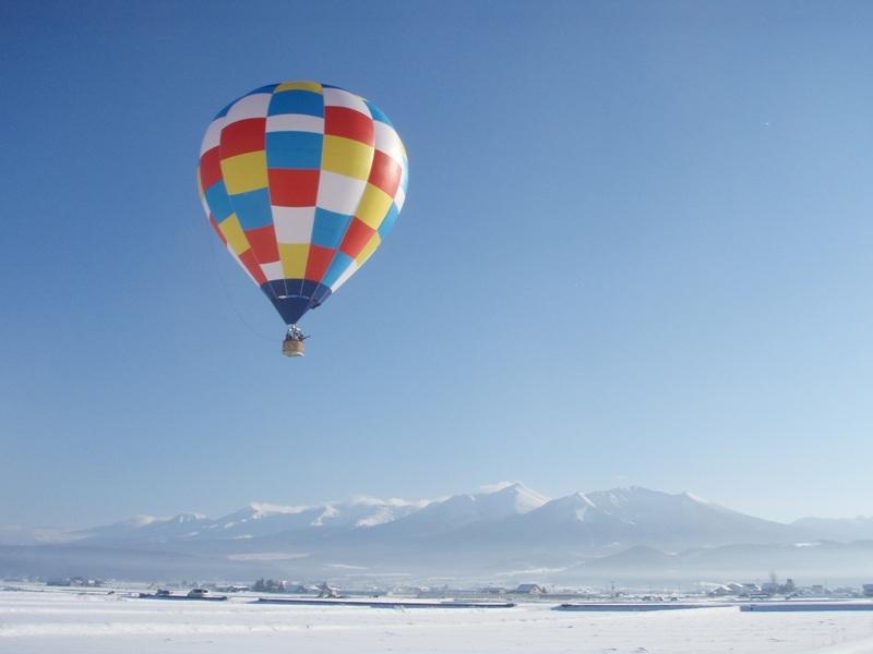 雪景色を愉しむ、自然とふれ合う!『北海道 冬の「体験」旅』 旭川~富良野~帯広