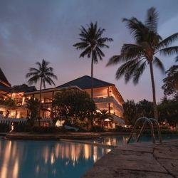【リゾートホテルの怪談】―豪華ホテルの裏の世界―