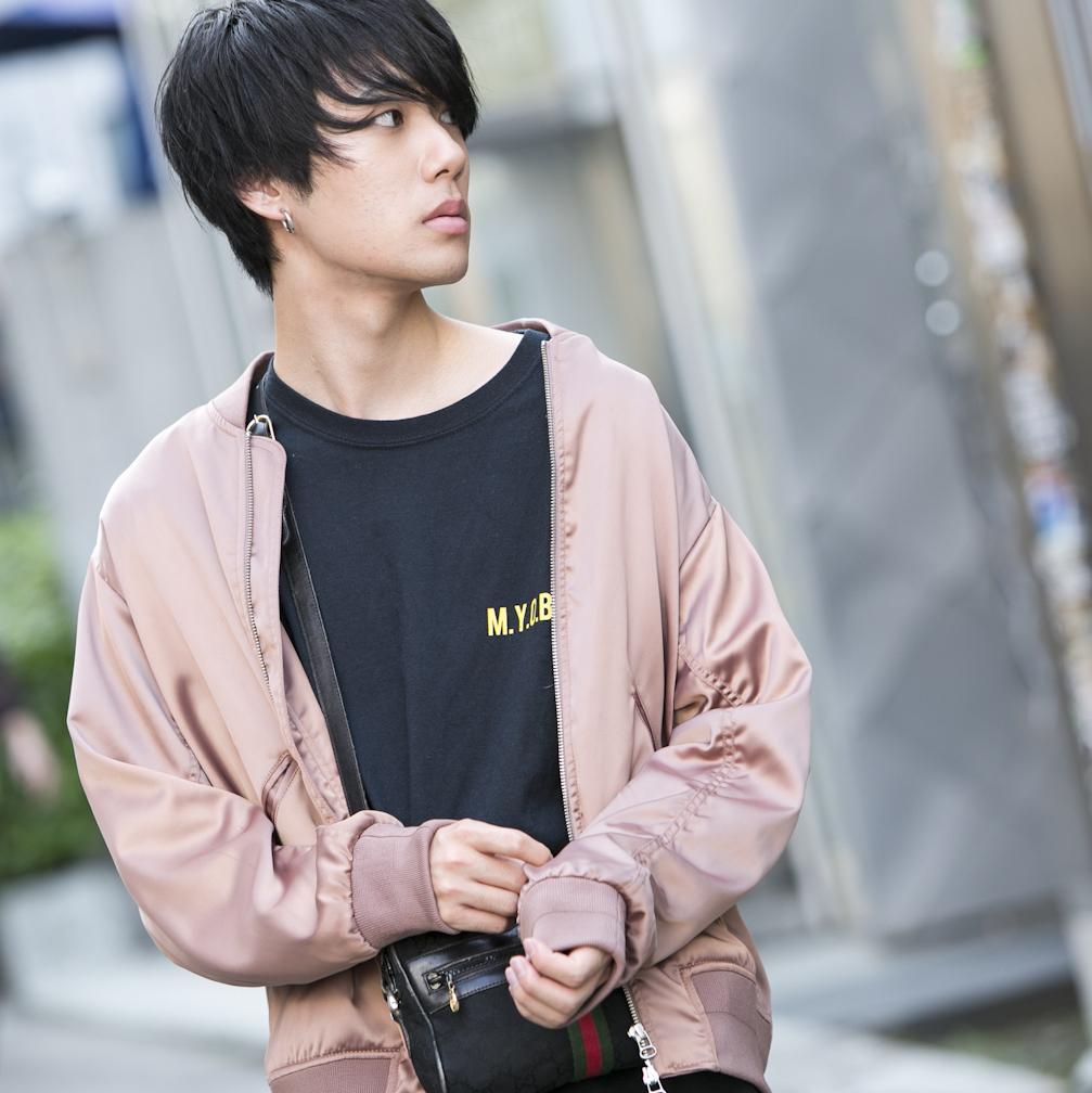 19歳・遼「?お店に行くのが面倒でZOZOとかで買っちゃいます」【18-22 SNAP #035】