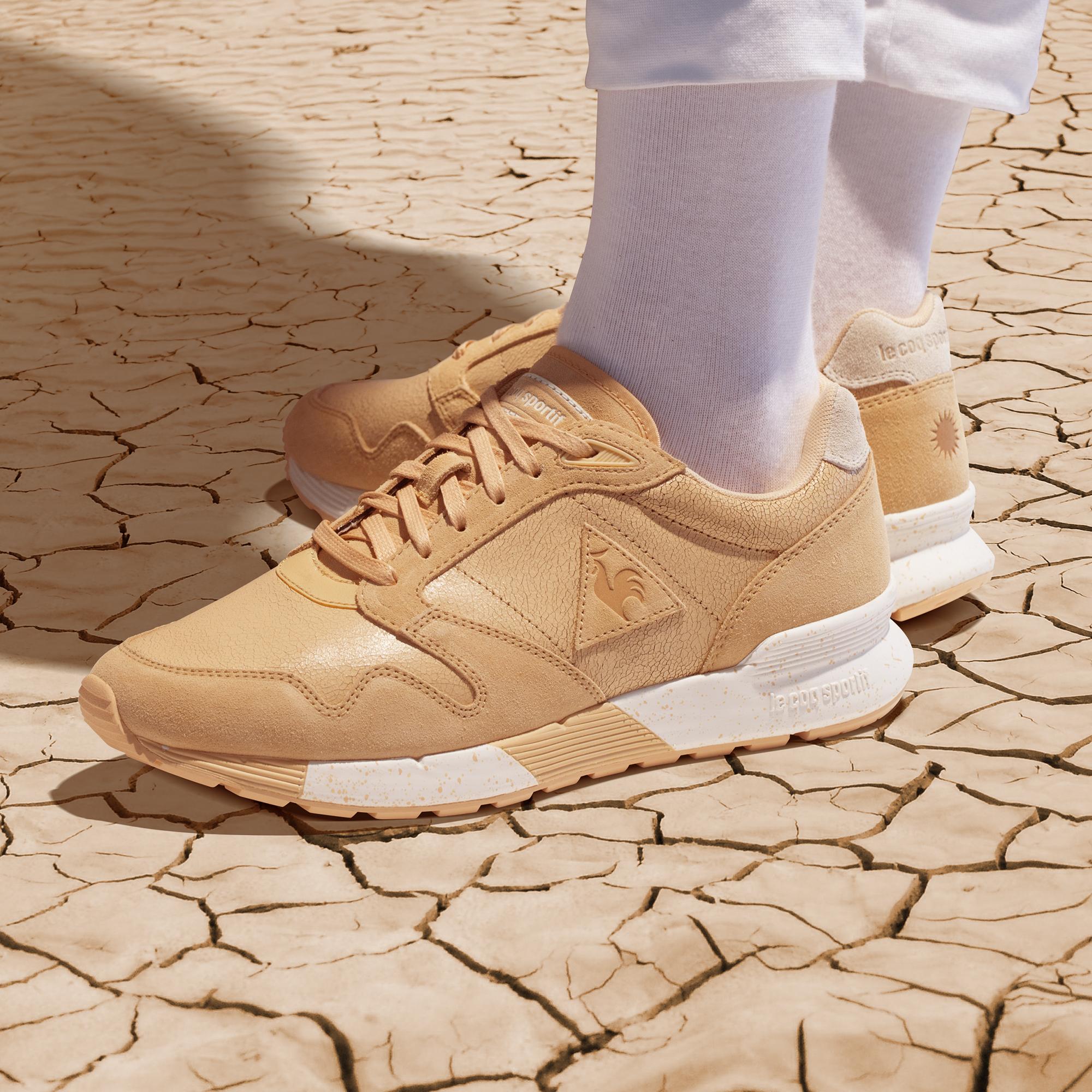 スケールでかすぎ! あのサハラ砂漠を一足のスニーカーに!?