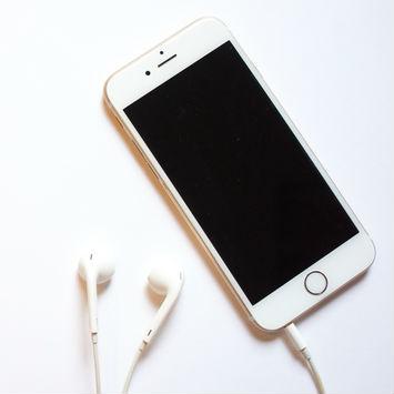 """【2040年のモノ】iPhoneのインパクトは「技術の""""拡散""""」だ"""