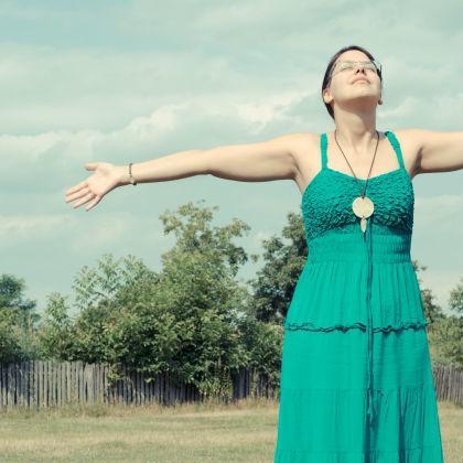 腹式呼吸よりさらに効果大! 「完全呼吸」が疲労回復のソリューションだ