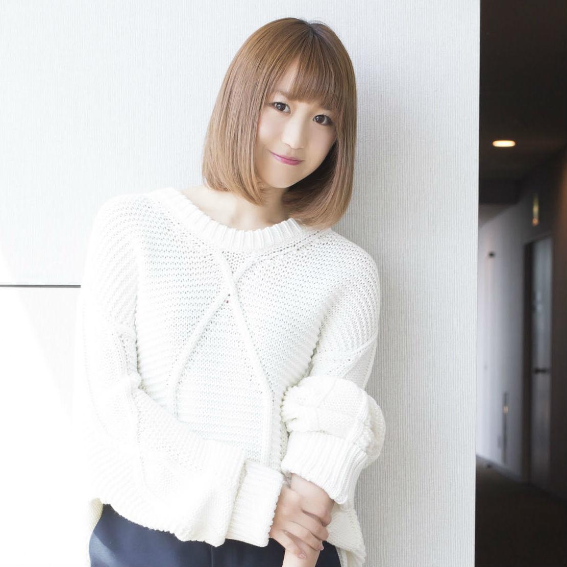 新体制のSUPER☆GiRLSが長袖×短パンスタイルで登場!【渡邉ひかる 編】