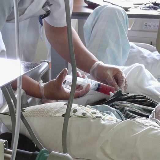 「医者は自分に抗がん剤を使わない、は嘘」急性白血病を発症した医師の証言