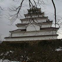雪景色の会津若松城も悪くない