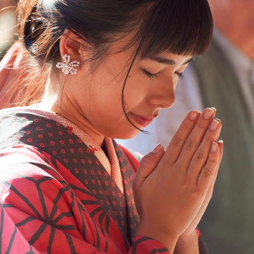 ご利益がアップする参拝のポイントとは? 神社の場合、お寺の場合
