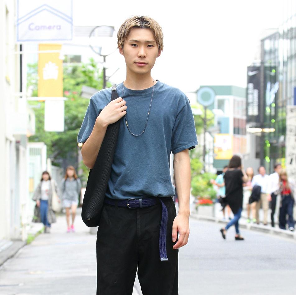 【SNAP JACK】夏カラーのTシャツをタックイン!トレンドのシルエットに!<br />神長夏暉くん・サロンスタッフ