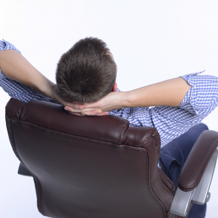 昼食後の「ボーっ」とした時間はなぜ起きる? どうすればいい?医師の答え