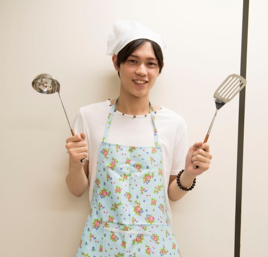 専属モデル・西野太盛が<br />西野家のおかんの味「豚の角煮」に挑戦!!