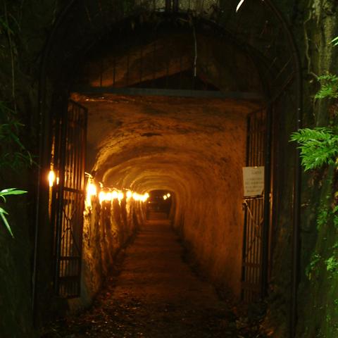 終戦後も掘り続けられた宇都宮の地下司令部跡