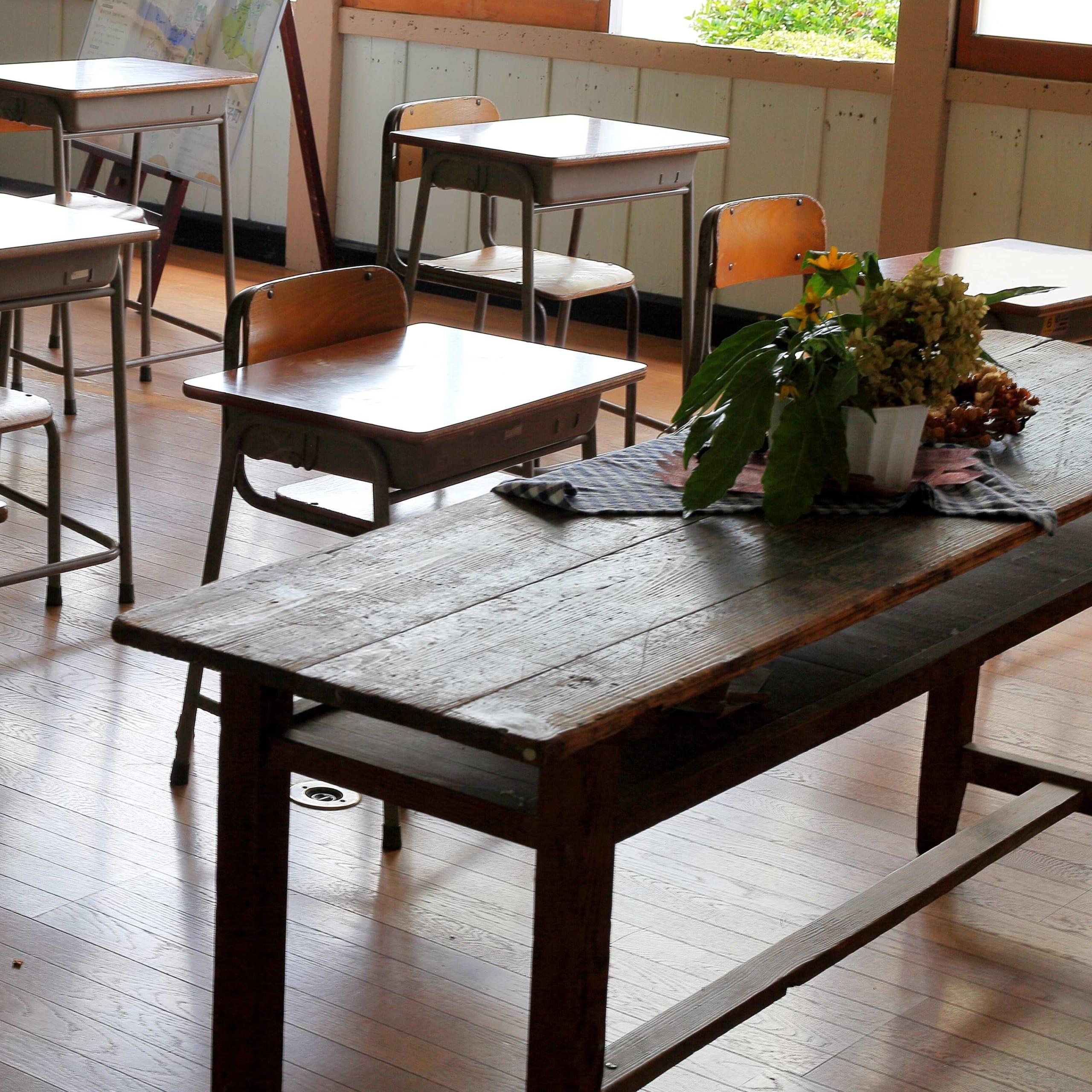学校再開は「定額働かせ放題」と「変形労働時間制」を見直すきっかけになるか