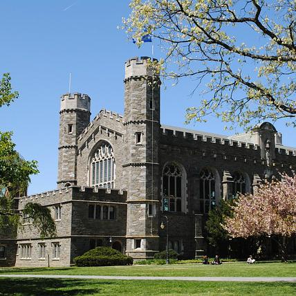 「絶望的な状況」から這い上がった世界トップ10大学とは?