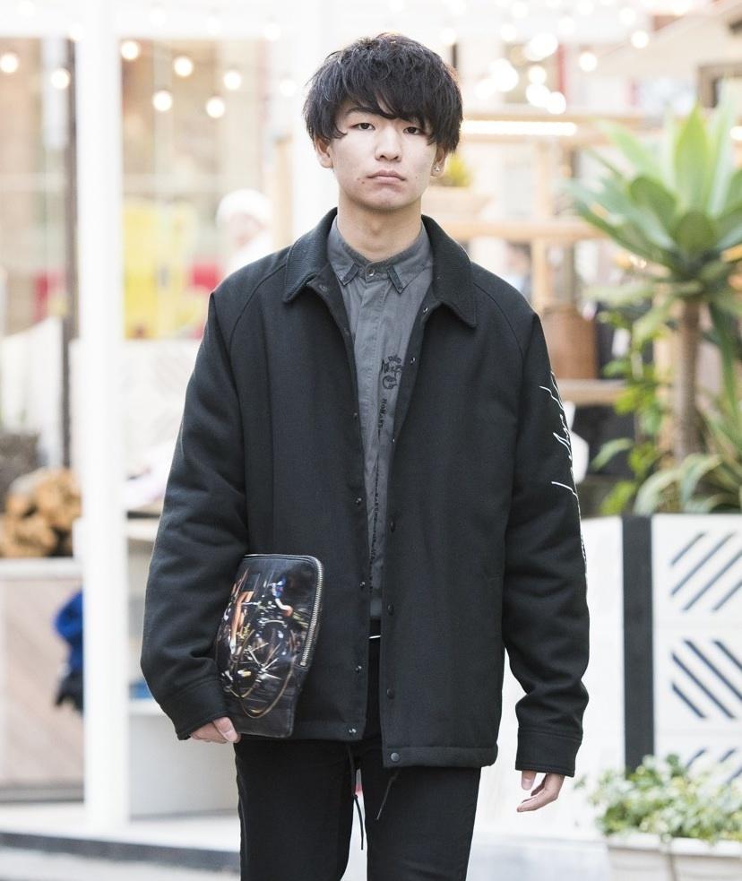 【SNAP JACK】あの定番スニーカーも、黒く塗れ! 西念 翼くん・帝京大学