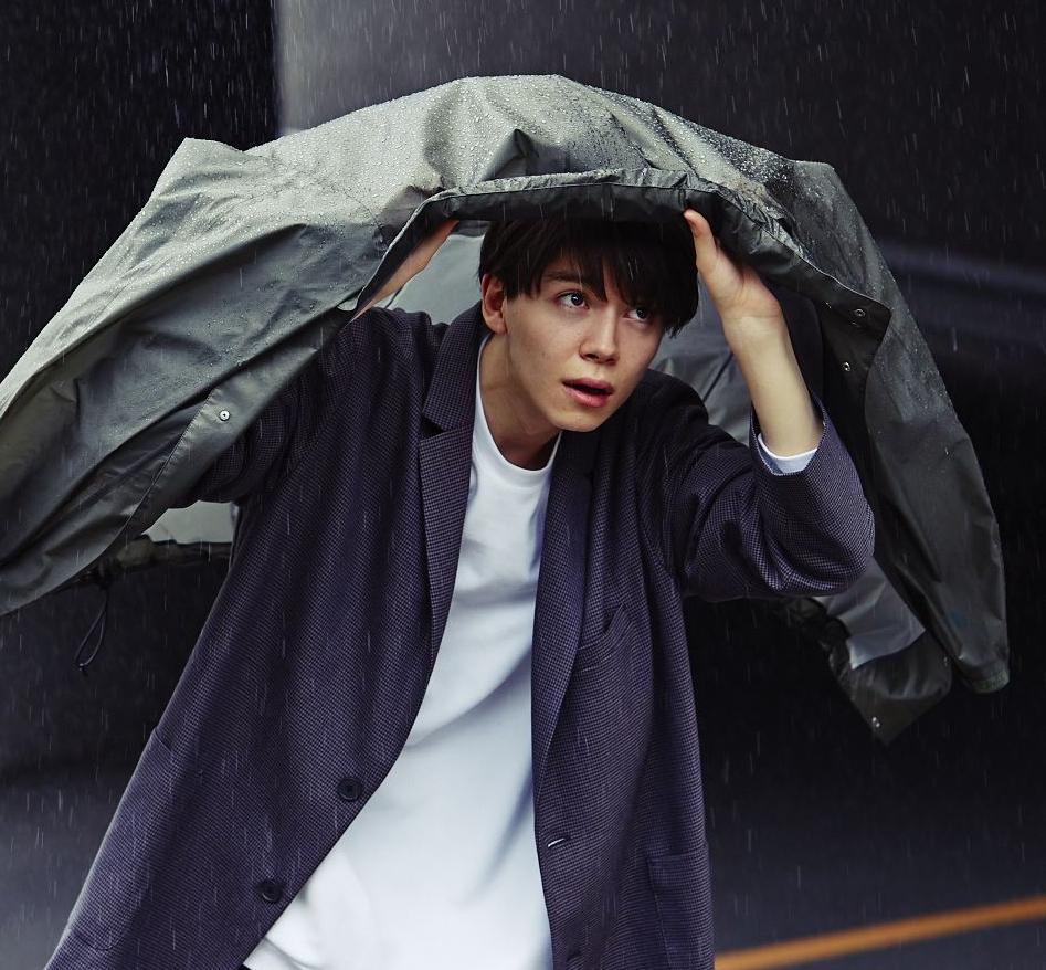 よく傘を忘れる僕がコンビニ傘を買わなくなった防水アウターの話。