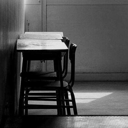 なぜ今、教師の「権威」は失墜しているのか?