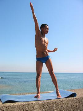 水泳で目指せ、逆三角形の体!?<br />アウター&インナーマッスルを鍛えよう