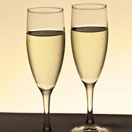 スパークリングワイン、シャンパーニュをさらにおいしくする