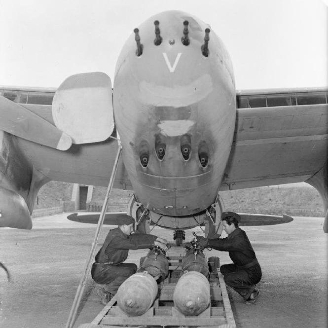 蒼空の「ヘヴィー級剣闘士」、双発戦闘機列伝
