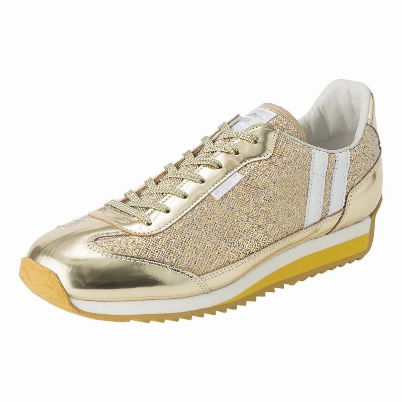 縁起が良すぎ!「金と銀に輝く」新作スニーカーが眩しすぎる件。